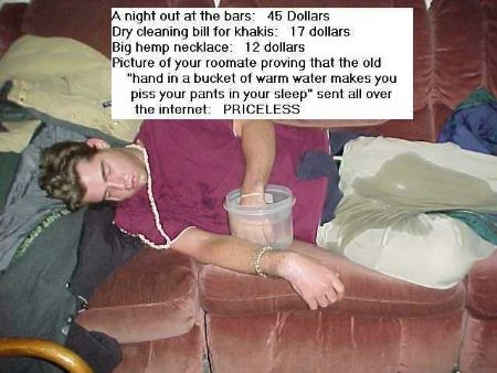 Man pissed hi pants after party night because of hot water prank